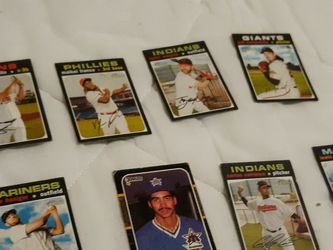 Baseball Cards Autograph for Sale in Seattle,  WA