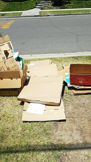 Free Boxes for Sale in Fullerton, CA