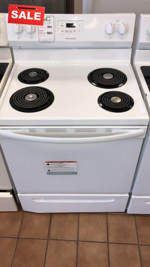 FIRST COME!!CONTACT TODAY! Electric Stove Oven Frigidaire Digital Display #1499 for Sale in Silver Spring, MD