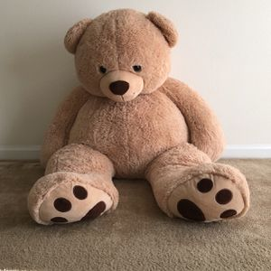 Huge Teddy Bear Stuffed Animal for Sale in Clearwater, FL