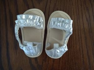 9-12 month crib shoes for Sale in Brentwood, TN