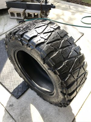 1 > 35x12.50x20 Nitto Extreme Mud Grappler for Sale in Nashville, TN