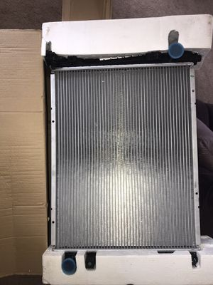 02-08 Dodge Ram 1500 radiator for Sale in Charlotte, NC