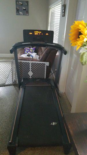 NordicTrack A2550 Folding Treadmill for Sale in Brooksville, FL