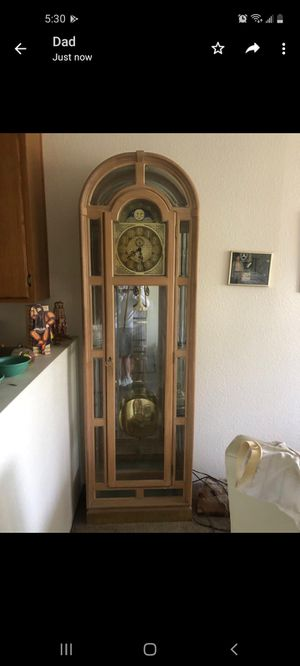 Antique clock for Sale in Bell Gardens, CA