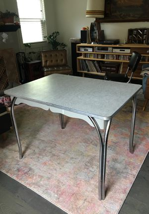 Vintage dining/kitchen table for Sale in Portland, OR