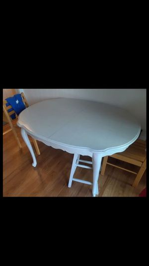 beautiful gray solid wood kitchen table for Sale in Lansing, IL