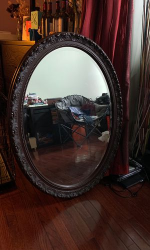 Oval wall mirror for Sale in Germantown, MD