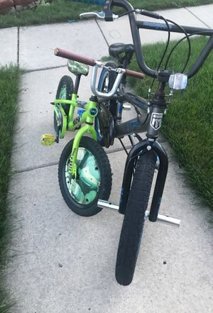 2 bikes for Sale in Dearborn, MI