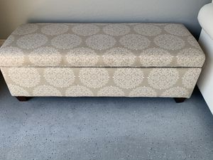 Ottoman with storage for Sale in Cave Creek, AZ