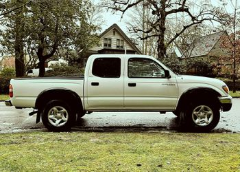 20/02 Toyota Tacoma SR5 4-DOOR 4X4 truck all option for Sale in Austin,  TX