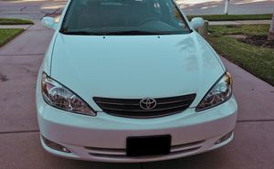 500$GOODsedan Toyota camry xle 2OO3 for Sale in Miami, FL