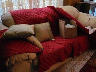 Sofa (Free) - Stone Mountain GA for Sale in Stone Mountain,  GA