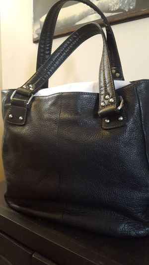 Black LeatherKenneth Cole Reaction Purse for Sale in Columbus, OH