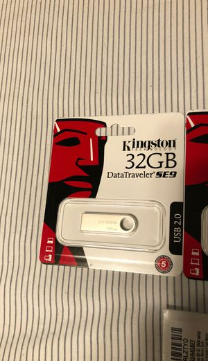 4-Kingston Datatraver 32GB USB + 2-Kingston 64GB USB for Sale in Fort Worth, TX