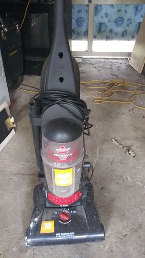 Bissell vacuum cleaner for Sale in Clayton, NC