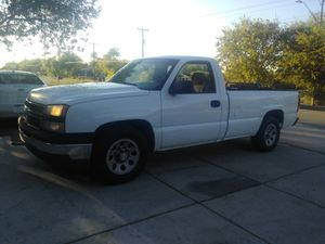 2006 chevy long bed new wheels for Sale in San Antonio, TX