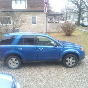 2004 Saturn Vue 3.5 V6 Complete Car Comes With Bill Of Sale $700 Runs And Drives Have Two Converters On It Beech Grove Indiana for Sale in Beech Grove, IN