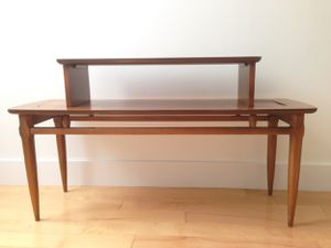 Mid-Century Modern Two-Tier Coffee Table by Lane for Sale in New York, NY