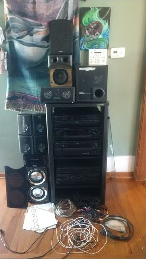 A stereo system for Sale in Clayton, NC