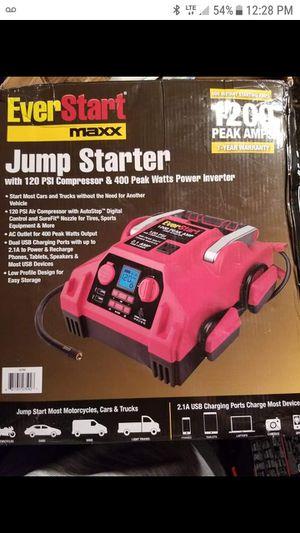 Everstart Jump Starter for Sale in Barnegat, NJ