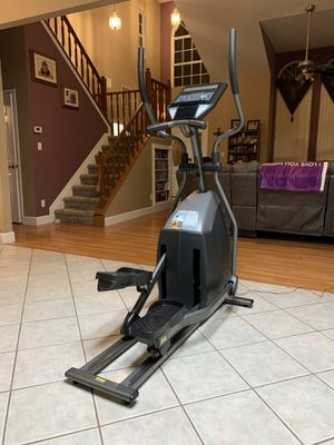 Horizon Fitness RE76 Elliptical for Sale in Orlando, FL