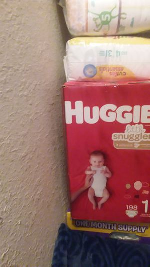 Huggies size 1 count 198 for Sale in Sacramento, CA