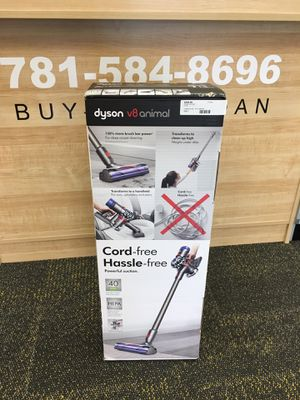 Dyson V8 Animal Cord-free Stick Vacuum in Nickel/Titanium. NEW for Sale in Saugus, MA