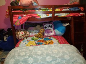 Twin over full bunk bed for Sale in MIDDLEBRG HTS, OH