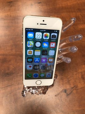 Apple iPhone 5s 16gb Unlocked Work Worldwide For any Carriers for Sale in Newark, CA