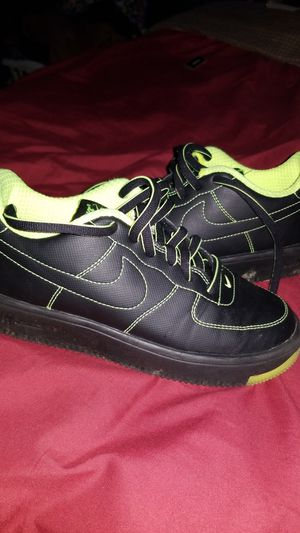 Nike shoes for Sale in Evansville, IN