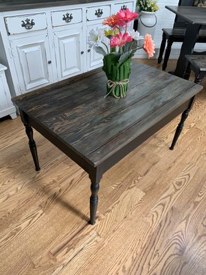 Old Amish coffee table for Sale in Littleton, CO