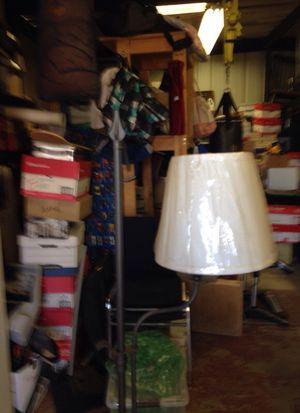 Beautiful floor lamp for Sale in Herald, CA