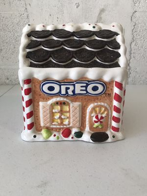 2001 Oreo gingerbread house cookie jar for Sale in West Palm Beach, FL