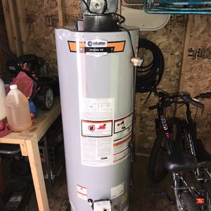 State 40 gallon propane gas power vent water heater for Sale in Rochester, NH