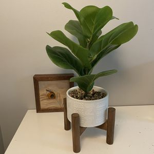 Fake Plant And Planter / Stand for Sale in Los Angeles, CA