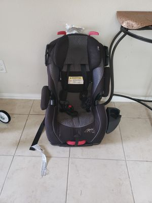 2 safety first carseats for Sale in Saginaw, TX