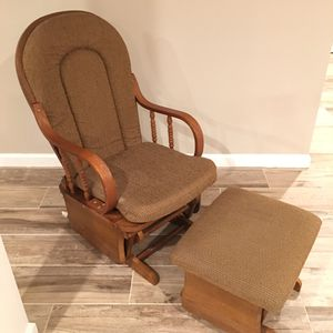 Rocking Chair with foot stool. for Sale in Bristow, VA