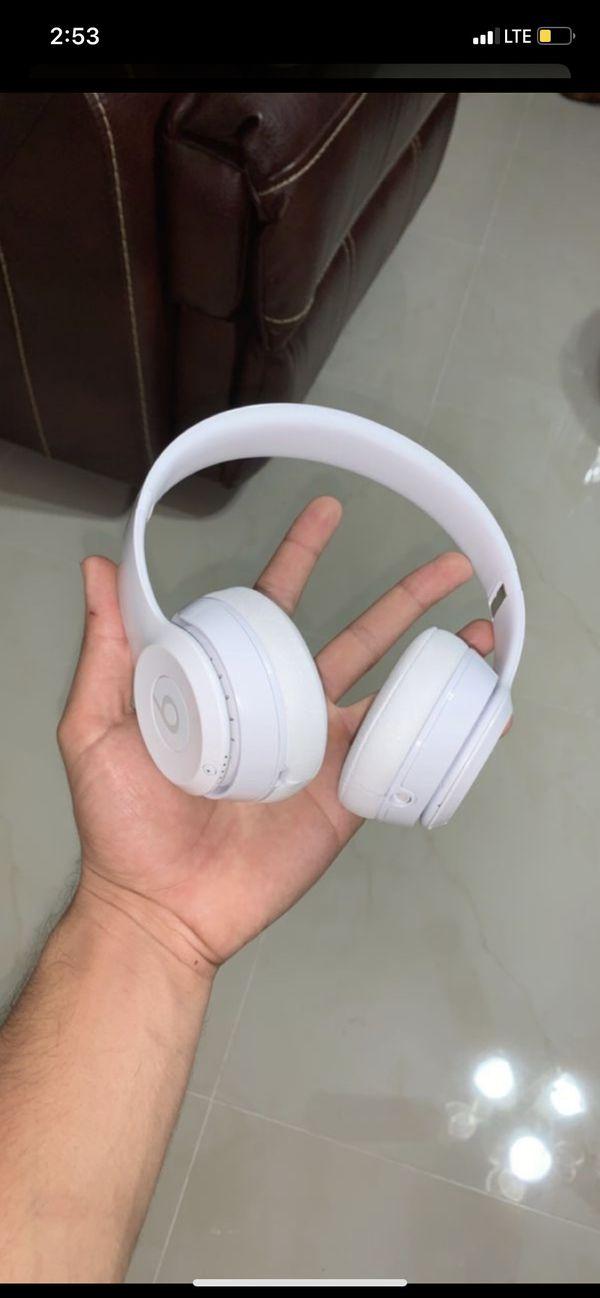 Beats Solo 3 Gloss White