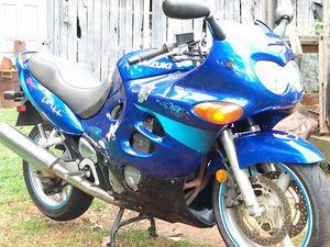 2001 Suzuki GSX 600 katana for Sale in Amherst, VA