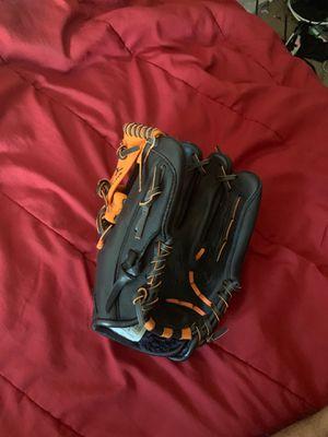 Mizuno baseball glove for Sale in Richmond, VA