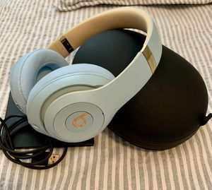 Beats Studio3 Wireless for Sale in Tampa, FL
