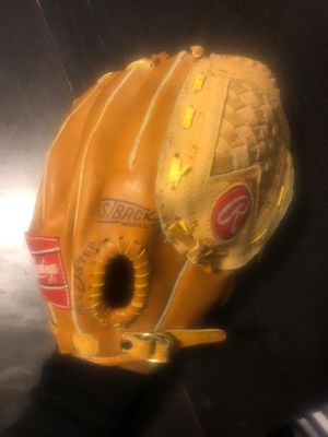 Rawlings youth baseball glove (rightly) for Sale in Aurora, IL