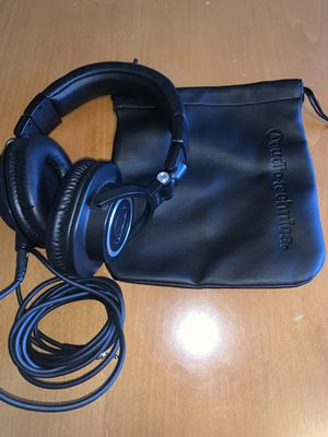 New Headphones (audio technica brand) with carry case for Sale in Brookfield, CT