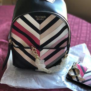 Victoria Secret Mini Backpack N Keychain Wallet for Sale in Modesto, CA