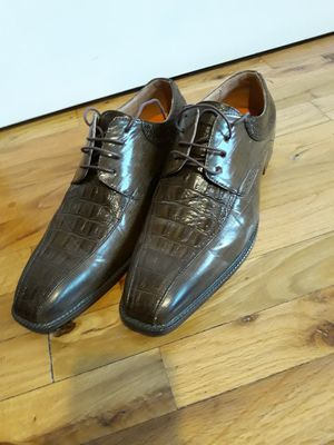 MEN'S DRESS SHOES SIZE 13 LIKE NEW for Sale in Sammamish, WA