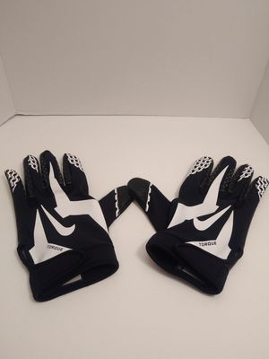 SZ 4XL Adult New Nike Torque Wide Receiver Football Gloves NFL Black PGF315-010 for Sale in Los Angeles, CA
