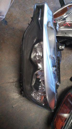 2012 2013 2014 2015 BMW 3 series 325 328 335 330 left driver headlight for Sale in Dallas, TX