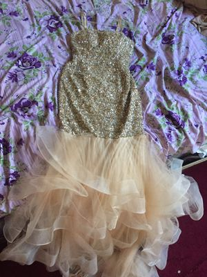 HANDMADE PROM DRESS (WORN ONCE) SIZE 4 MUST GO for Sale in Brooklyn, NY