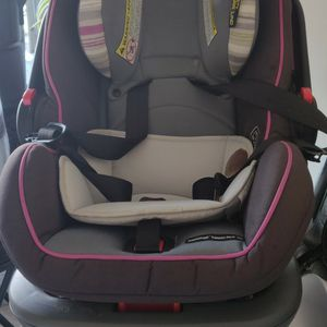 GRACO BABY CAR SEAT for Sale in Richmond, TX